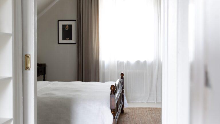 HOTELLKÄNSLA I SOVRUMMET